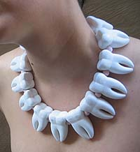 muelas-collar