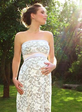 trajes-novia-embarazada02.jpg