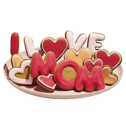 http://www.mundochica.com/wp-content/uploads/2008/05/i-love-mom.jpg