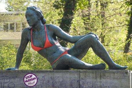 stop-nudism02.jpg