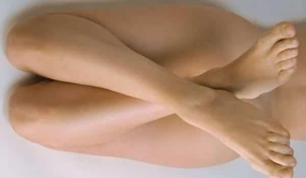 piernas_mujer_Marius_Krmpotik