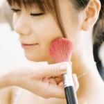 fijar el color de la piel con maquillaje