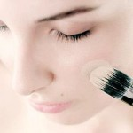 Aplicación correcta de la base de maquillaje