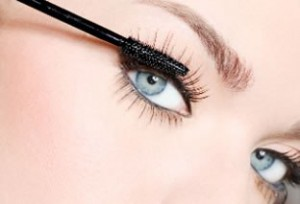 maquillaje para ojos grises