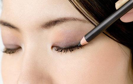 Resultado de imagen para Maquillaje de ojos para adolescentes