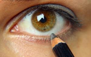 delineador de ojos