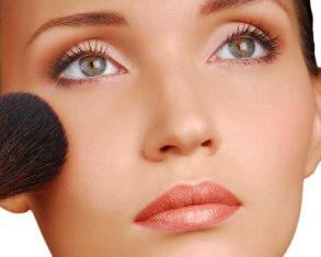 Maquillaje de rostros redondos