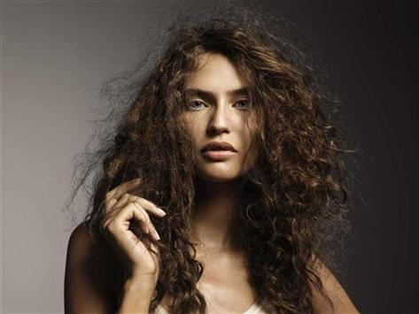 Cómo evitar la electricidad del cabello