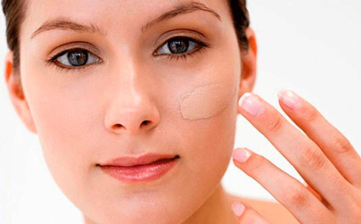 base Base de maquillaje, cómo aplicarla correctamente