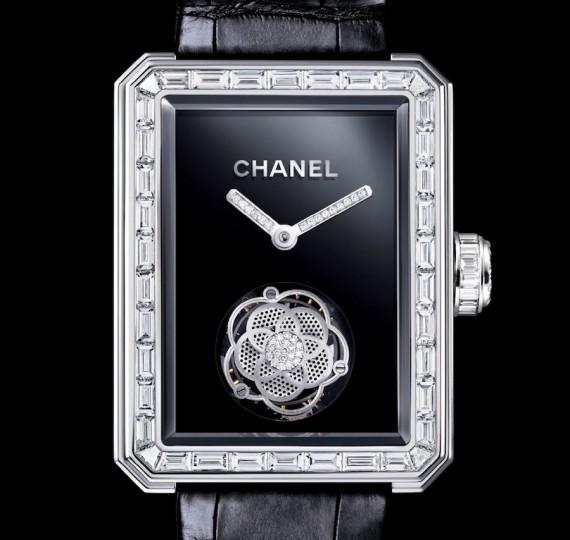 Un reloj por los 25 años de Chanel