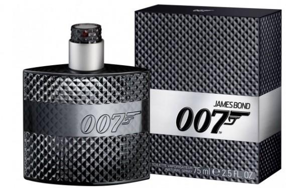 El nuevo perfume de 007, por Douglas