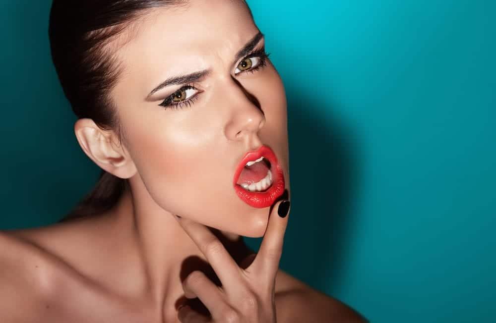 Resultado de imagen para retoques cosmeticos en los labios