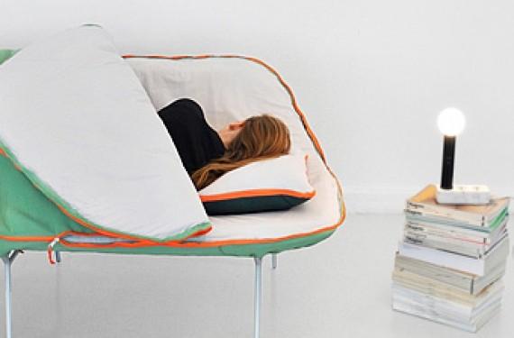 sofá integrado en saco de dormir