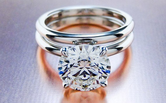 Anillo de diamante 1