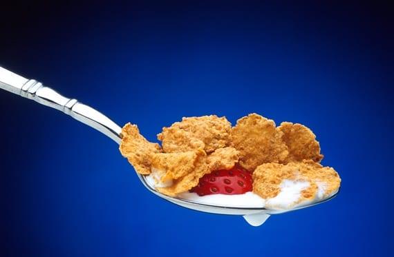 cereales en cuchara