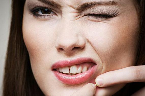 como quitar el acne de la frente rapido