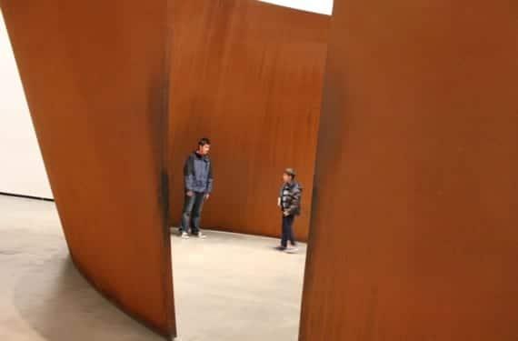 Guggenheim-bilbao-ninos
