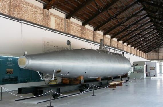 Submarino-Peral Museo-Naval-de-Cartagena