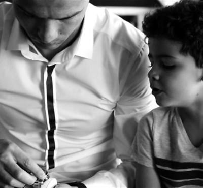 Cristiano Ronaldo y su hijo anuncian los relojes TAG Heuer