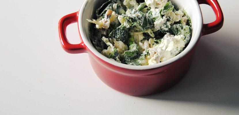 Dip de queso, espinacas y champiñones
