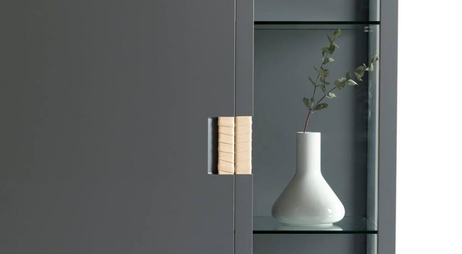 Asplund Frame cabinet detail