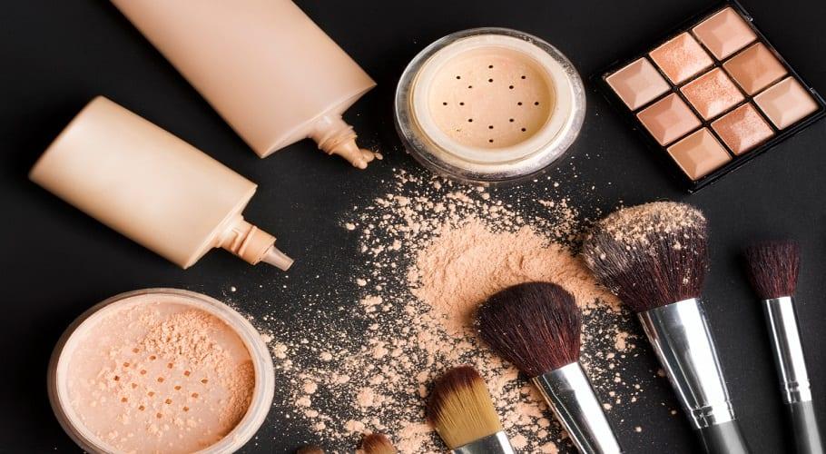 Como-preparar-tu-propio-maquillaje-casero-3