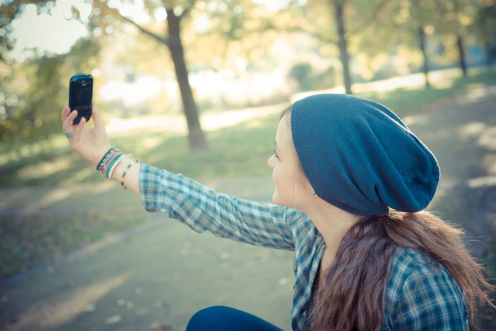 Cómo maquillarte para hacerte el selfie perfecto