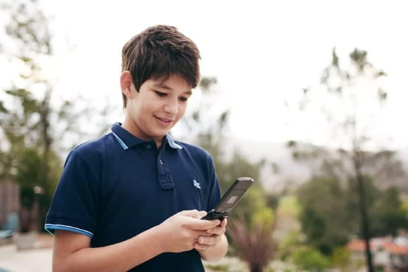 Teléfono móvil en niños