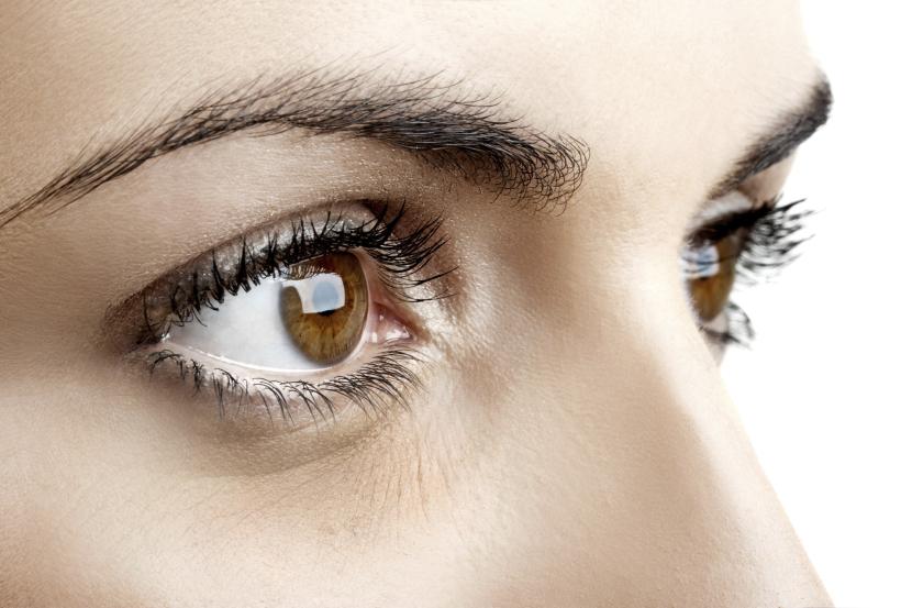 bolsas ojos mujer1