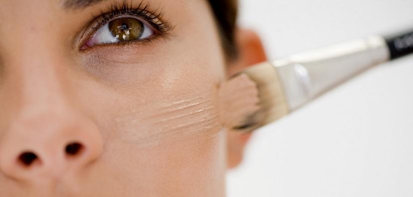Escoger la base de maquillaje