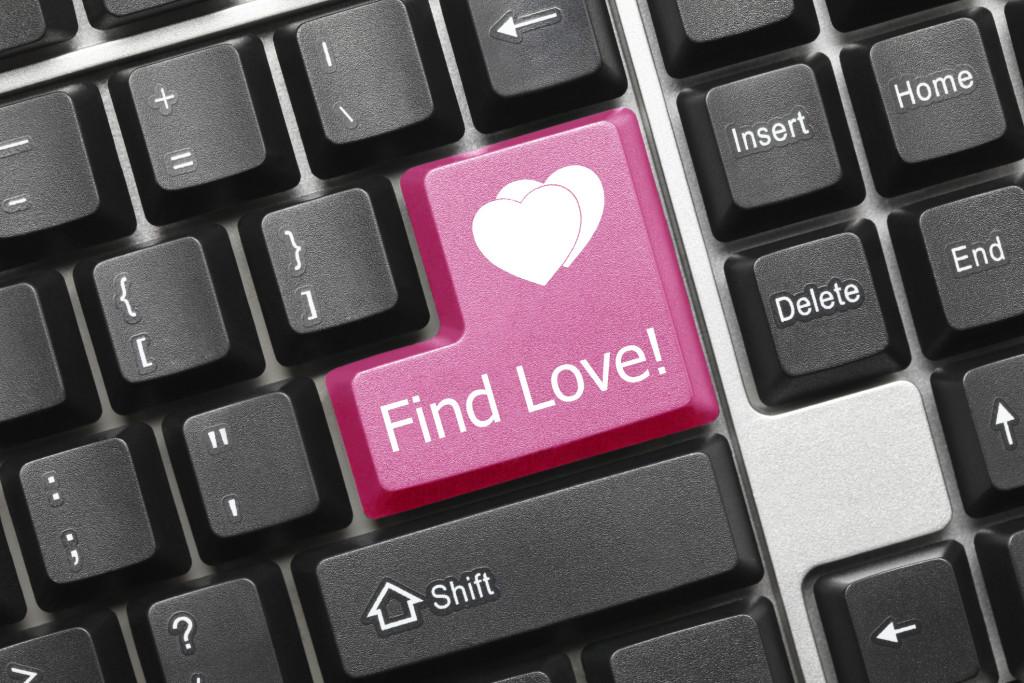 encuentra el amor tecla