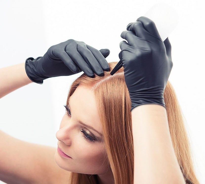 Cómo teñirse el pelo de rubio ceniza