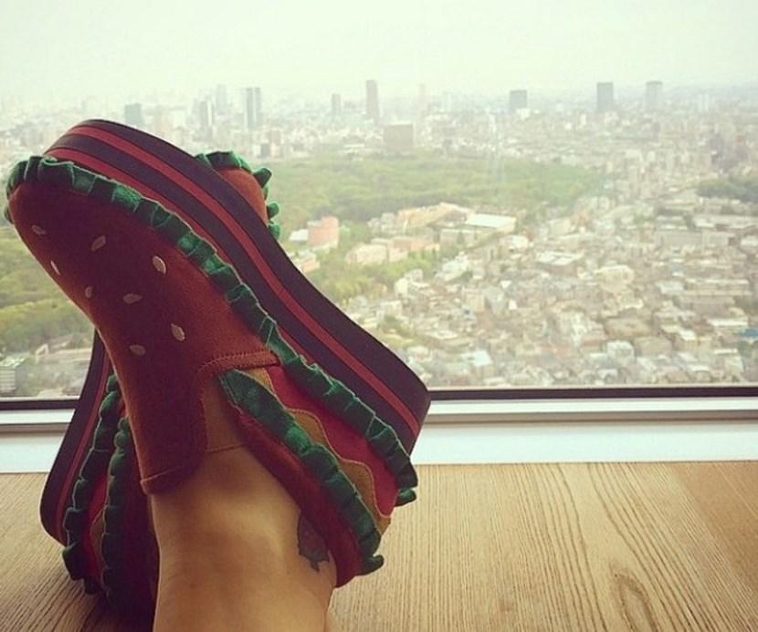 Zapatos de hamburguesa de Katy Perry