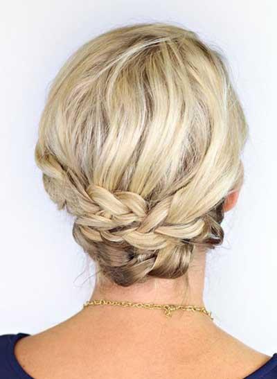 Peinados recogidos con trenza para cabello corto