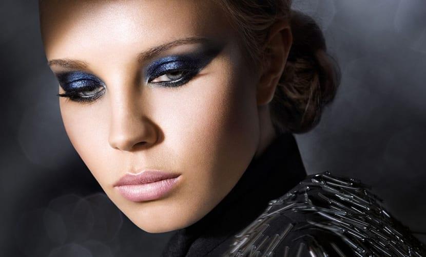 Maquillaje de ojos y labios