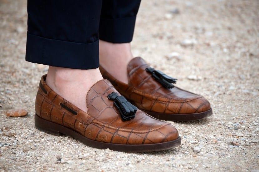 Zapatos con borlas