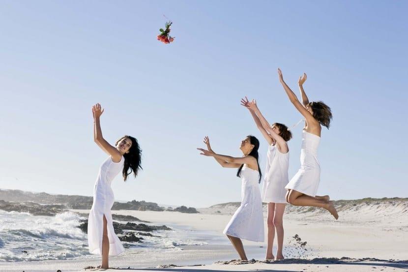 Ramo de novia en la playa