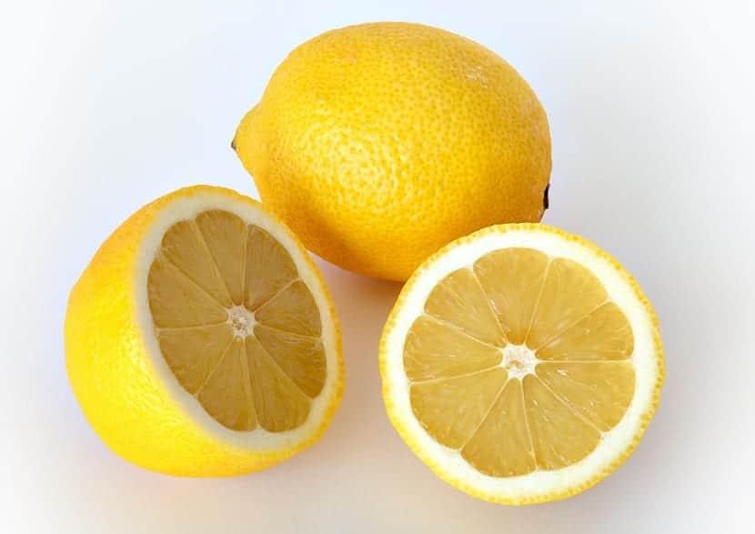 cómo quitar el hipo con limón