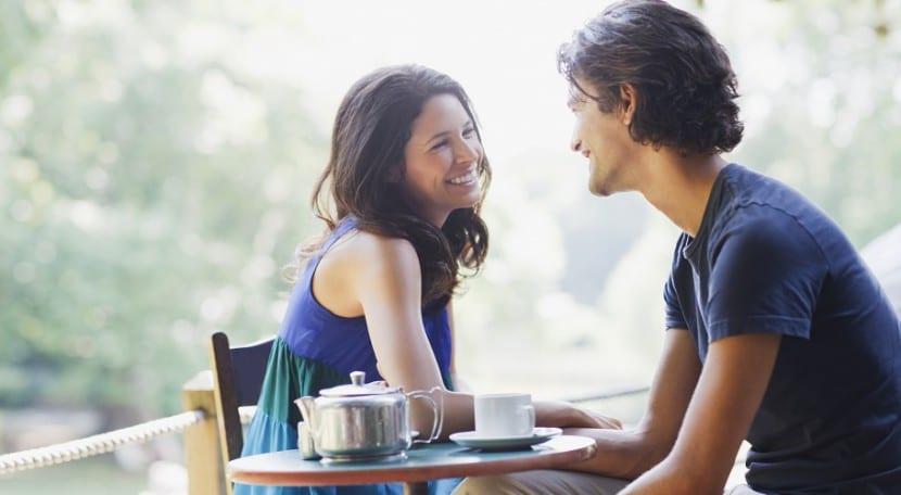 conversación en la primera cita