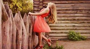 Tipos de vestidos para mujeres bajitas