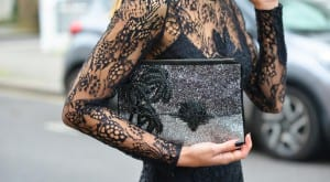 Bolso con brillos Matthew Williamson