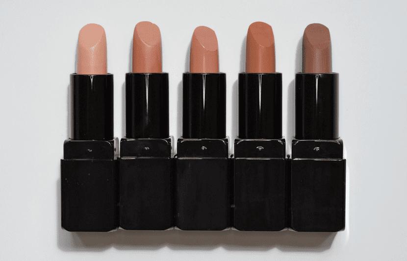 Color marrón en los labios