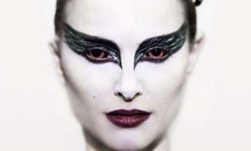 Maquillaje original de Carnaval Cisne negro