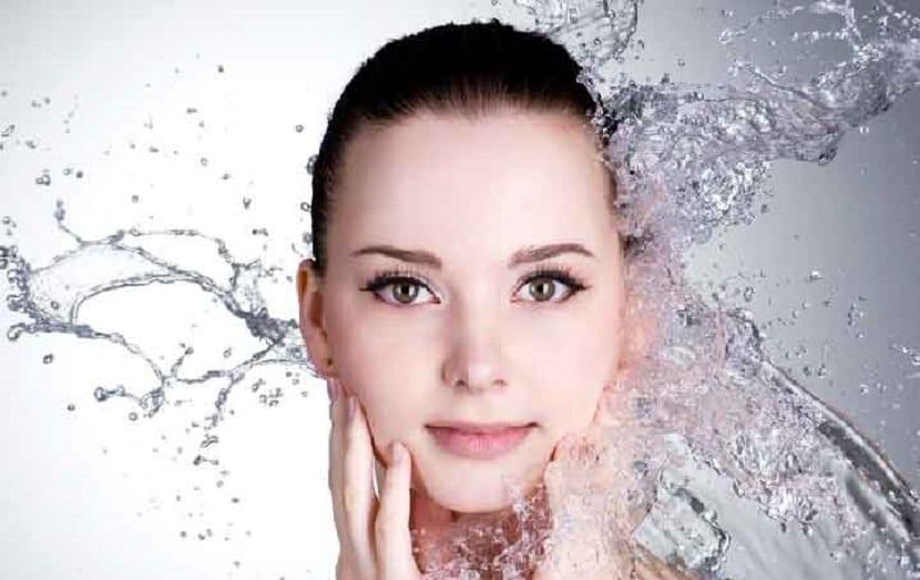 La OCU analiza la cosmética --