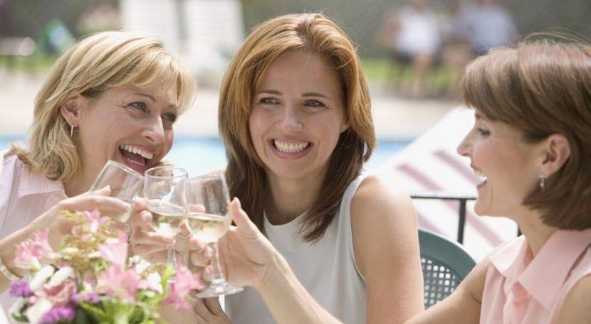 mujeres y amigas
