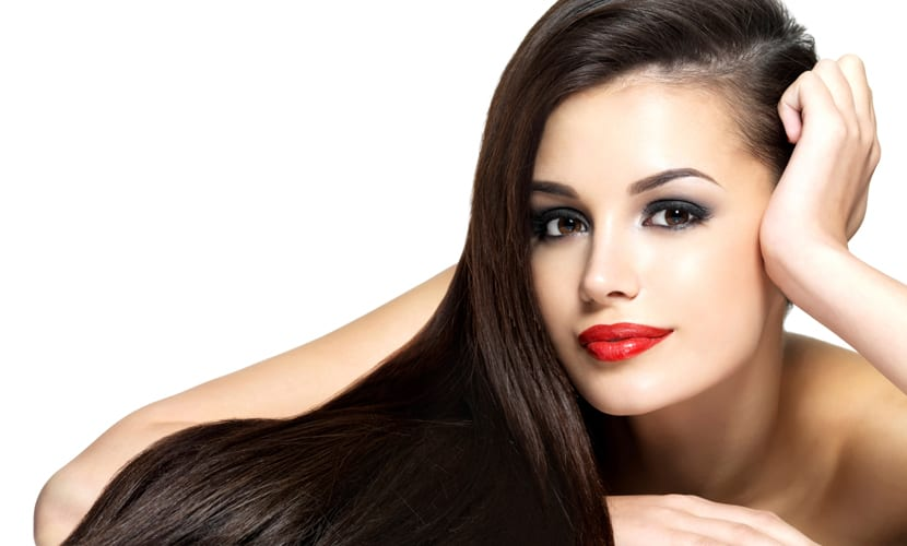 Exfoliación capilar cabello brillante