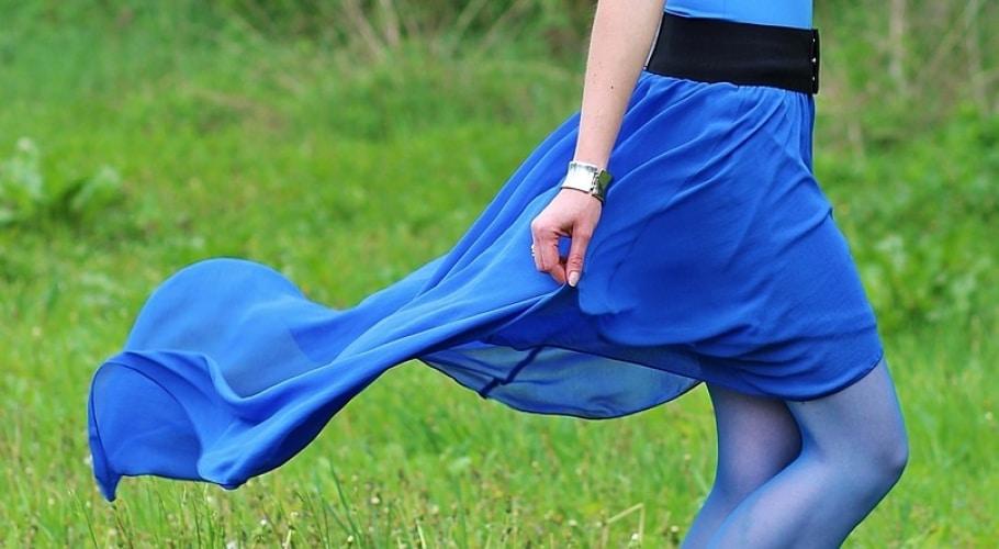 Falda de gasa en azul