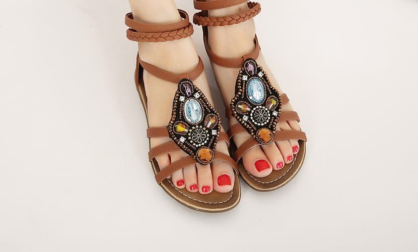Compras de verano, sandalias