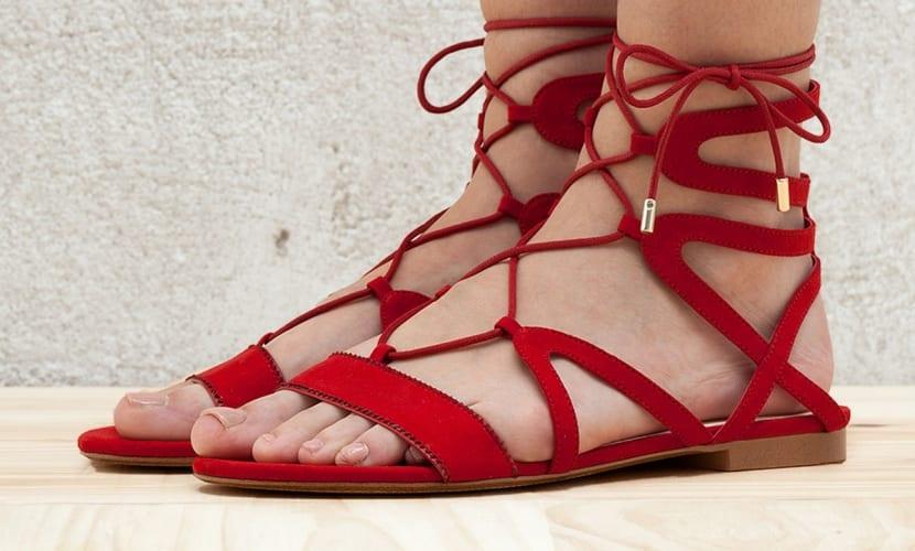 Sandalias tiras romanas