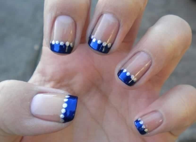 Nail-art en azul